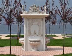 Büyük Osmanlı Motifli Çeşme