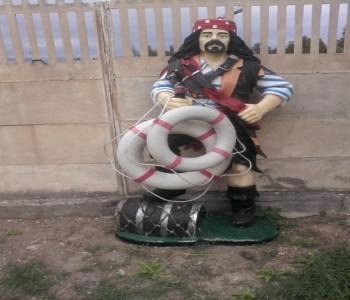 Korsan Heykeli Denizci