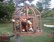 Pinokyo Heykeli Kafeste