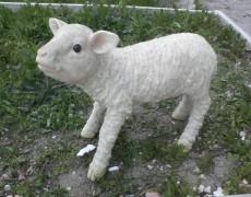 Kıbrıs Süt Kuzu Heykeli