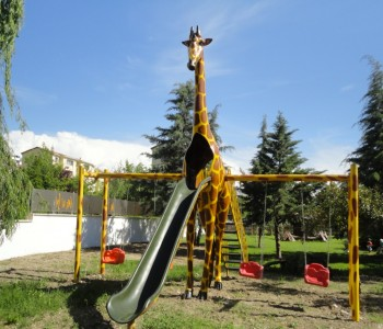 Zürafa Oyun Grubu