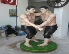 Güreşçi Heykeli