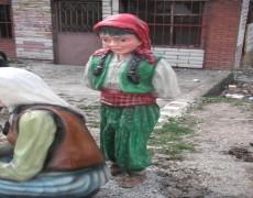 Köylü Kız Heykeli
