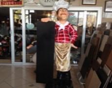 Restoran İçin Günün Menüsünü Tutan Aşçı Heykeli