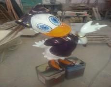 Daisy Duck Heykeli