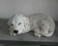 Uyuyan Dalmaçyalı Köpek Heykeli